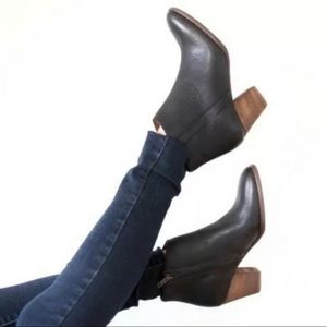 Madewell The Billie Boot Leather Ankle Bootie 9